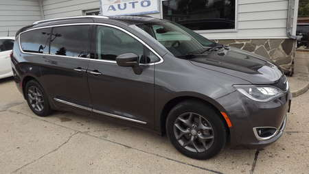 2017 Chrysler Pacifica Touring-L Plus for Sale  - 160882  - Choice Auto