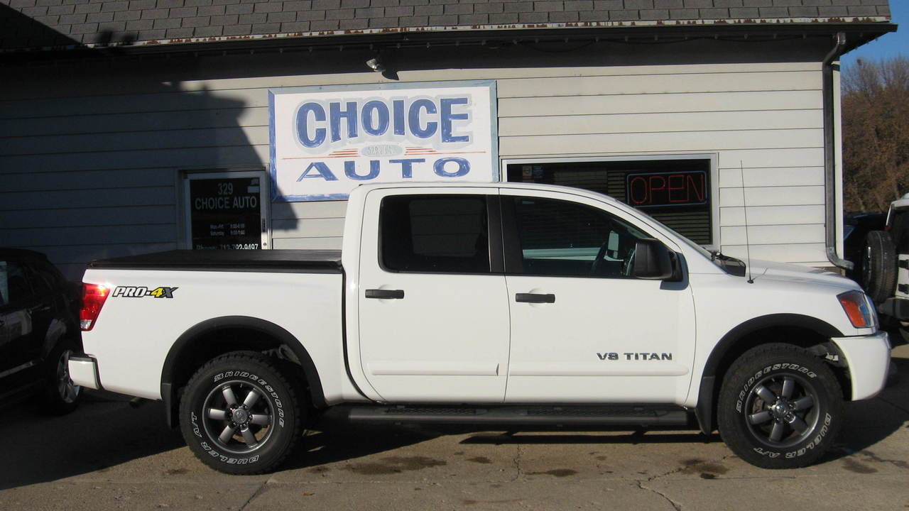 2014 Nissan Titan  - Choice Auto