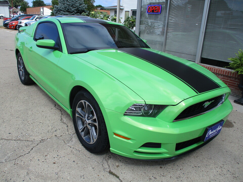 2013 Ford Mustang V6 Premium  - 161684  - Choice Auto