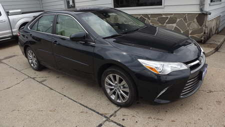 2015 Toyota Camry XLE for Sale  - 160845  - Choice Auto