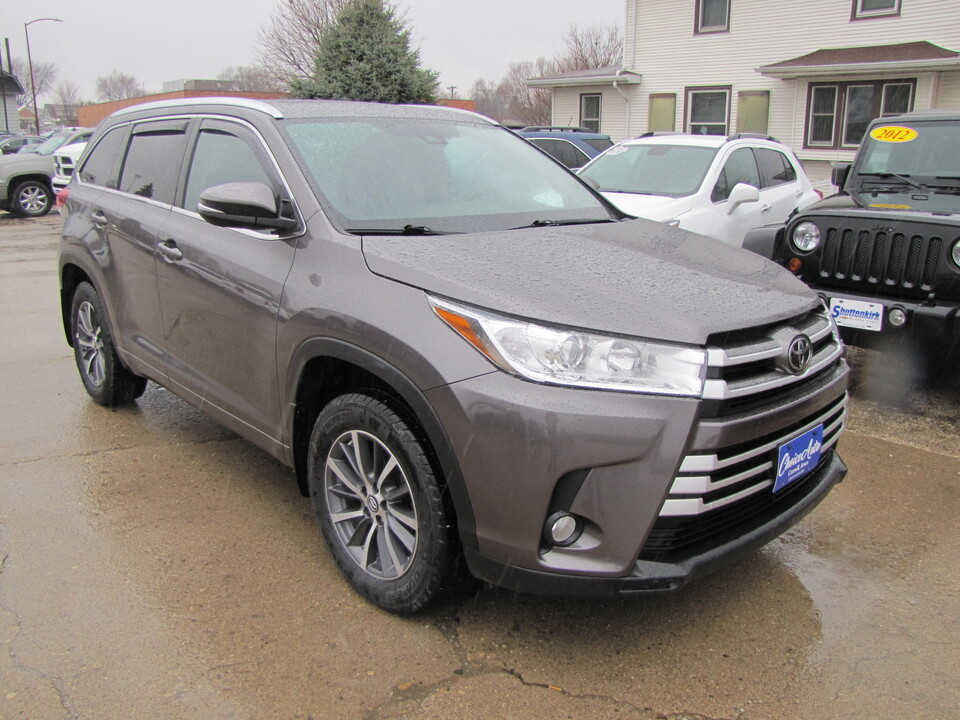 2017 Toyota Highlander XLE  - 161364  - Choice Auto