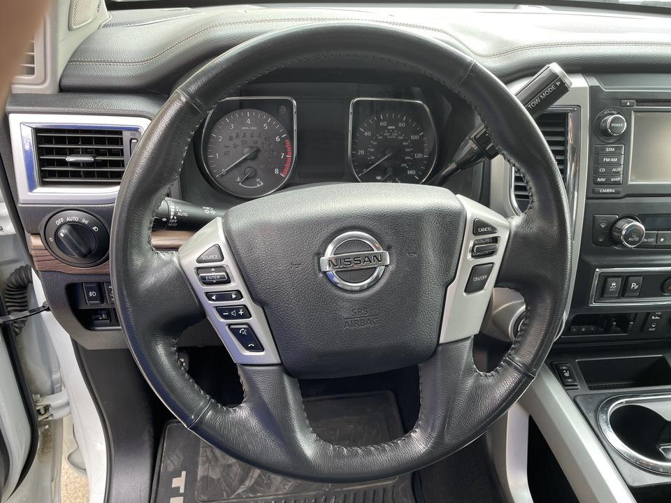 2017 Nissan Titan  - Choice Auto