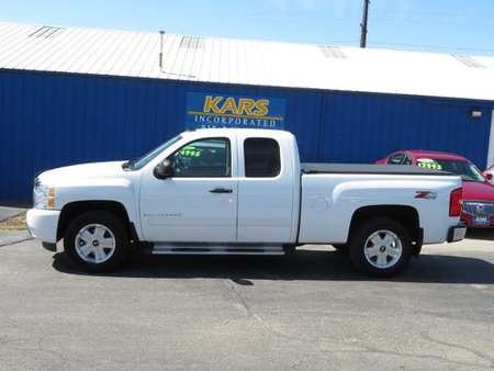 2009 Chevrolet Silverado 1500 LT 4WD Extended Cab for Sale  - 954646P  - Kars Incorporated