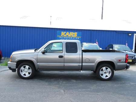 2006 Chevrolet Silverado 1500 LT2 4WD Extended Cab for Sale  - 696452P  - Kars Incorporated