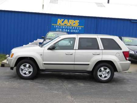 2007 Jeep Grand Cherokee Laredo 4WD for Sale  - 727646P  - Kars Incorporated