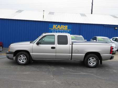 2004 Chevrolet Silverado 1500 Extended Cab for Sale  - 463233  - Kars Incorporated