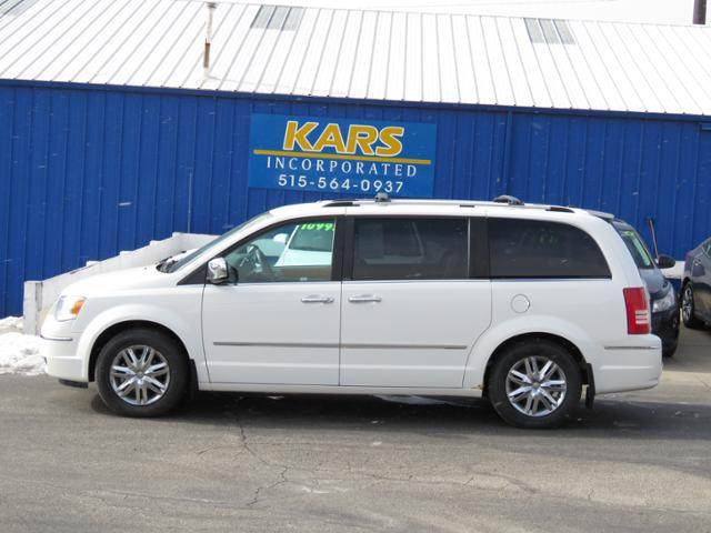 2008 Chrysler Town & Country  - Kars Incorporated