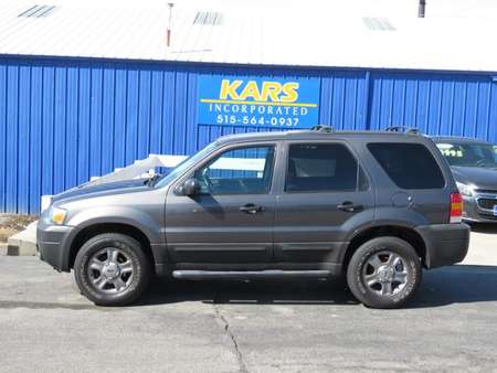 2005 Ford Escape XLS 4WD for Sale  - 575164P  - Kars Incorporated