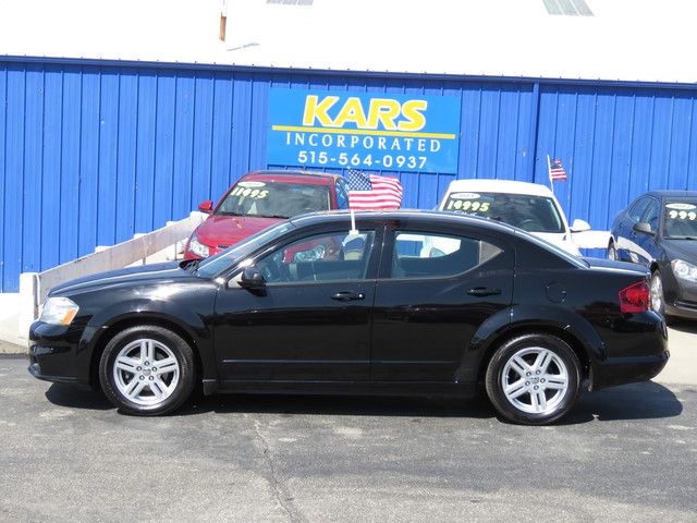 2013 Dodge Avenger SXT  - D87577P  - Kars Incorporated