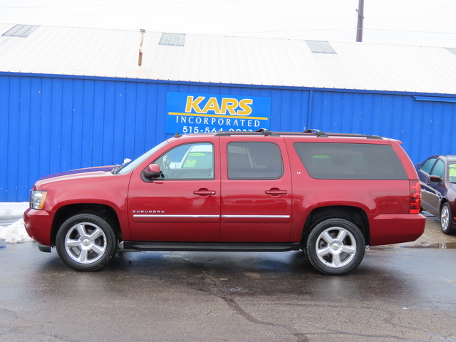 2011 Chevrolet Suburban LT 4WD  - B00869P  - Kars Incorporated