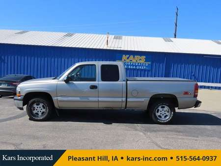 2000 Chevrolet Silverado 1500 LS 4WD Extended Cab for Sale  - Y89145  - Kars Incorporated