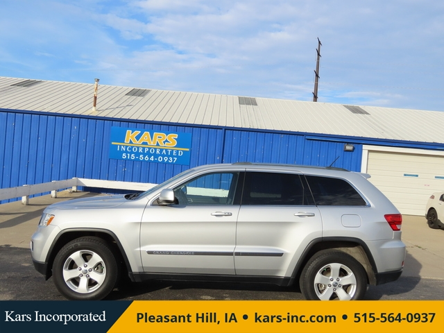 2011 Jeep Grand Cherokee LAREDO 4WD  - B56135  - Kars Incorporated