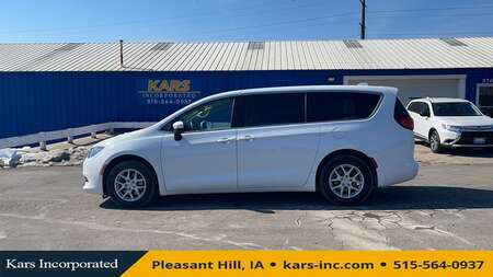 2017 Chrysler Pacifica LX for Sale  - H08663P  - Kars Incorporated