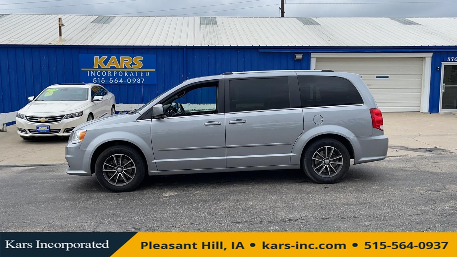 2017 Dodge Grand Caravan SXT  - H61681P  - Kars Incorporated