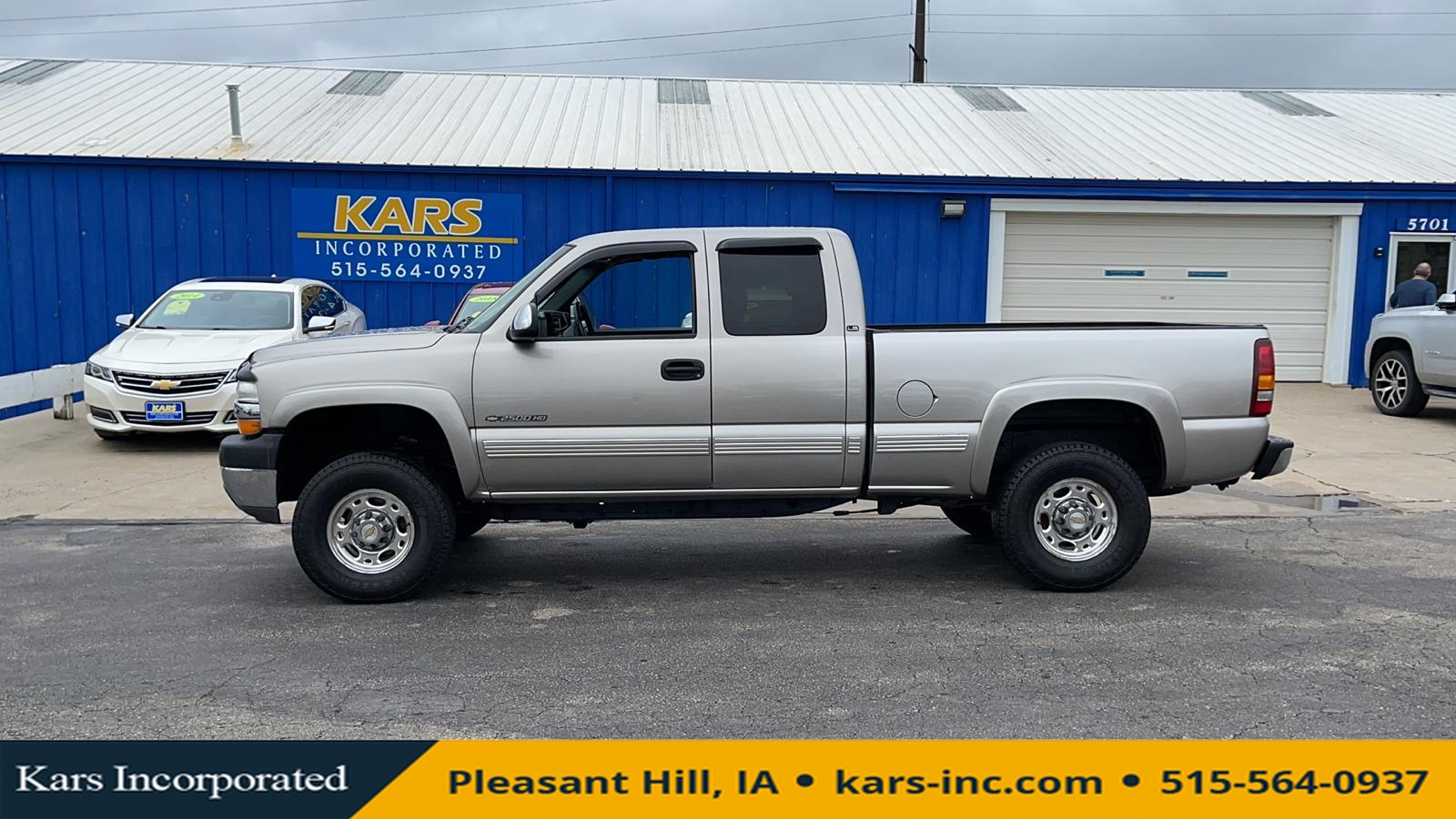 2002 Chevrolet Silverado 2500HD HEAVY DUTY 4WD Extended Cab  - 257252P  - Kars Incorporated
