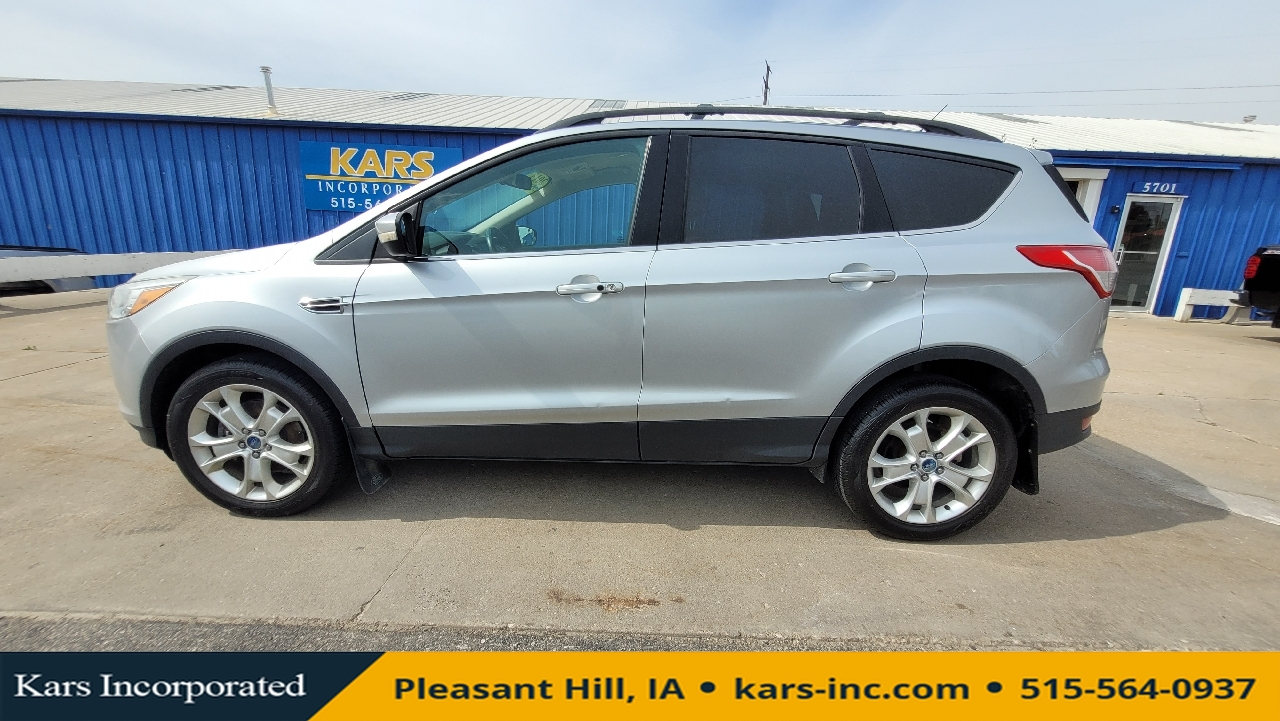 2013 Ford Escape SEL 4WD  - D59205P  - Kars Incorporated