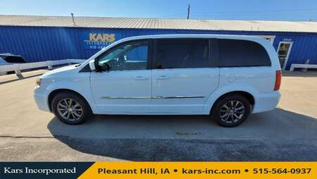 2015 Chrysler Town & Country S for Sale  - F61876P  - Kars Incorporated
