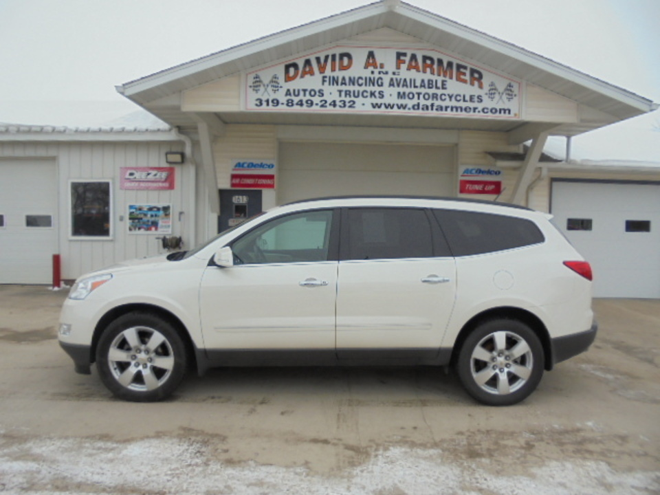 2011 Chevrolet Traverse LTZ 4 Door AWD*Heated Leather/Sunroof/Remote Start  - 4623  - David A. Farmer, Inc.