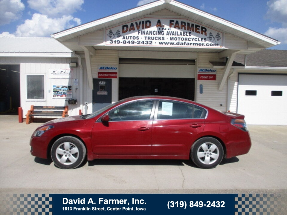 2007 Nissan Altima S 4 Door**1 Owner/Low Miles/78K/Sunroof**  - 4935  - David A. Farmer, Inc.