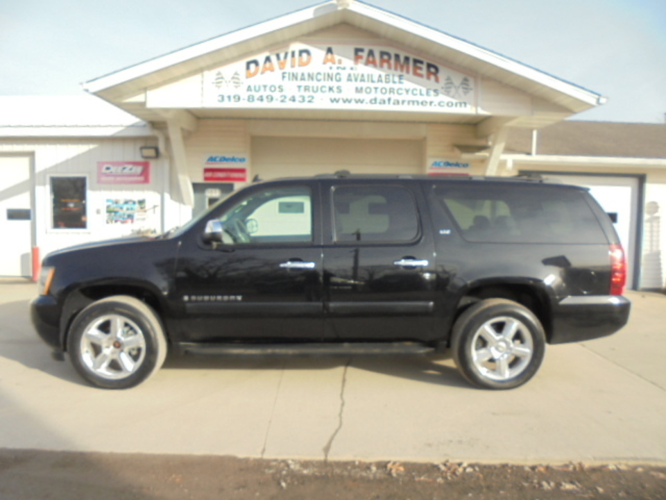 2008 Chevrolet Suburban LTZ 4 Door 4X4**1 Owner/DVD/Navigation**  - 4611  - David A. Farmer, Inc.