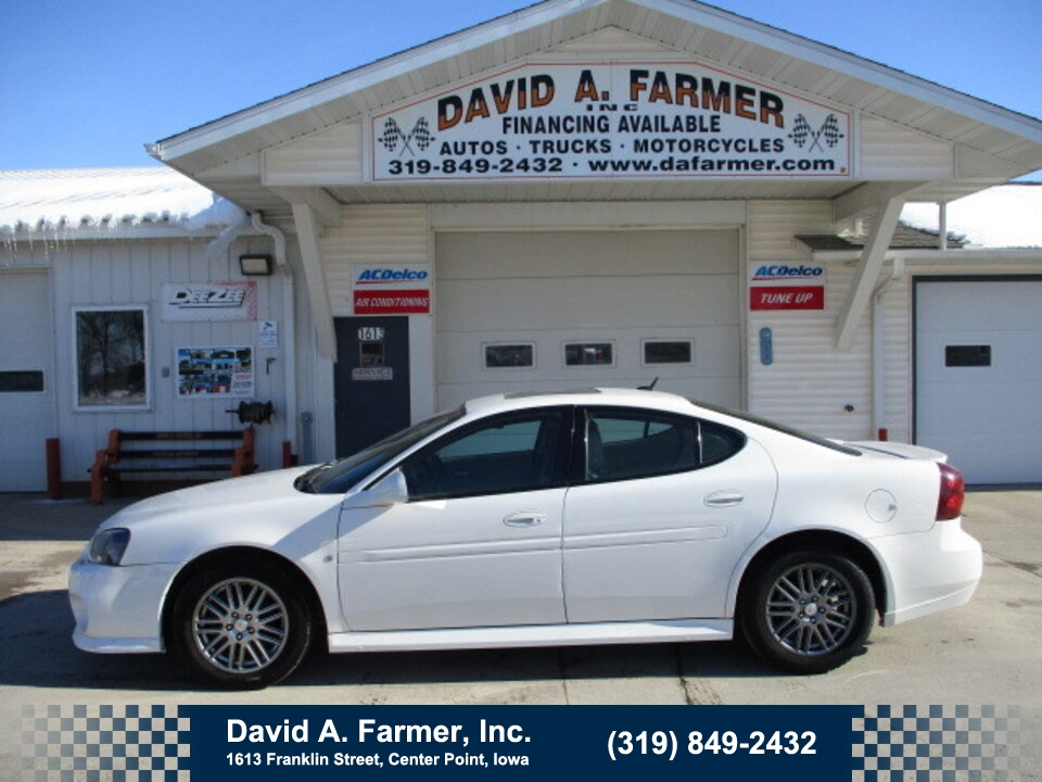 2008 Pontiac Grand Prix Base 4 Door**1 Owner/Low Miles/Leather/Sunroof**  - 4864  - David A. Farmer, Inc.