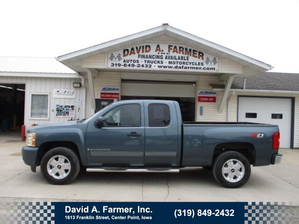 2009 Chevrolet Silverado 1500 LT XCab 4 Door 4X4 Z71**2 Owner/Sharp**  - 5090  - David A. Farmer, Inc.