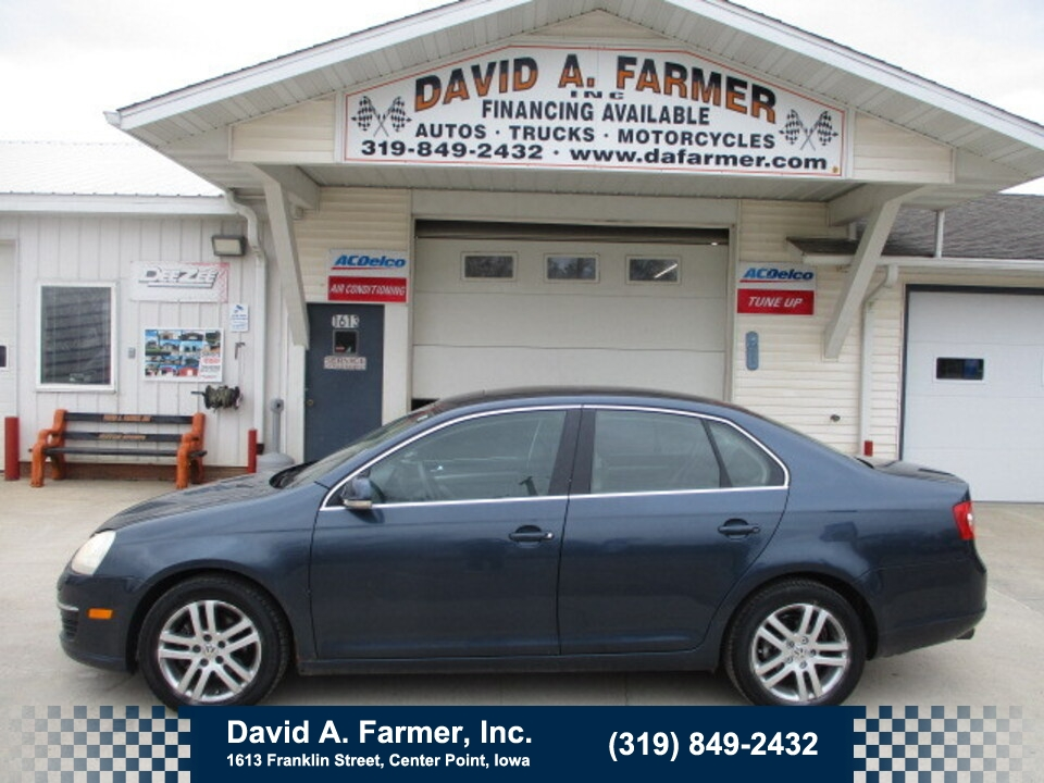 2005 Volkswagen New Jetta Base 4 Door**Low Miles/Leather/Sunroof**  - 4830  - David A. Farmer, Inc.