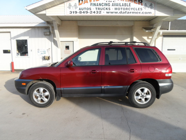 2005 Hyundai Santa Fe GLS 4 Door 4x4 Clean! Low Miles!