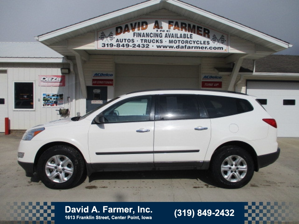 2011 Chevrolet Traverse LS AWD**1 Owner/New Tires**  - 4670-1  - David A. Farmer, Inc.