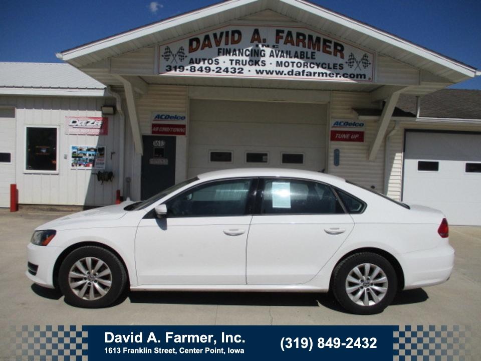 2013 Volkswagen Passat Sedan S 4 Door**Low Miles**  - 4689  - David A. Farmer, Inc.
