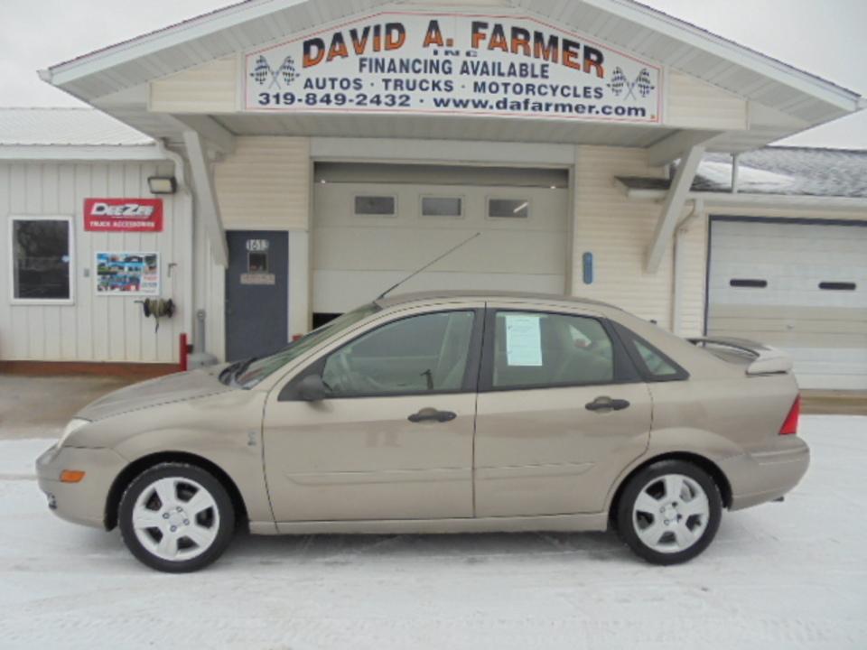 2005 Ford Focus  - David A. Farmer, Inc.