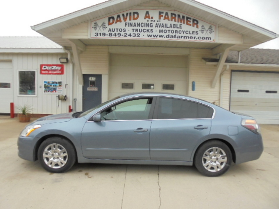 2011 Nissan Altima  - David A. Farmer, Inc.