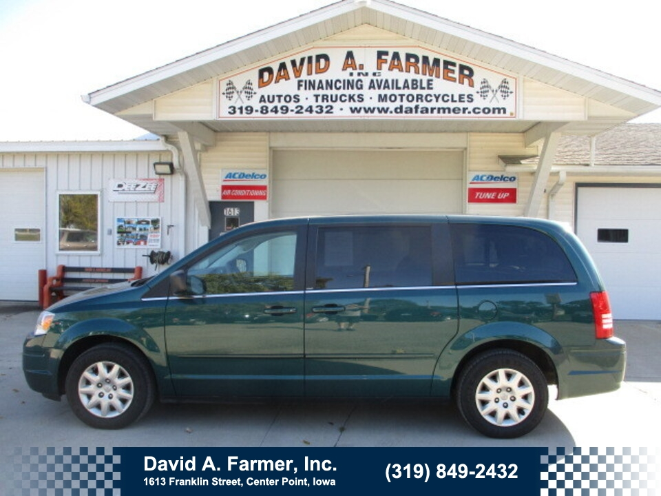 2009 Chrysler Town & Country LX**1 Owner/Low Miles/DVD/Back Up Camera**  - 4797  - David A. Farmer, Inc.