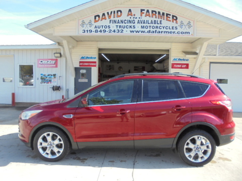 2013 Ford Escape SE 4 Door 4X4**Navigation/Sunroof**  - 4575  - David A. Farmer, Inc.