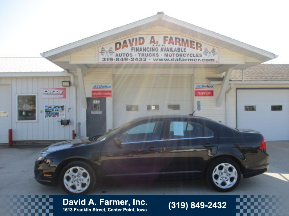 2011 Ford Fusion SE 4 Door**Low Miles**  - 4692  - David A. Farmer, Inc.