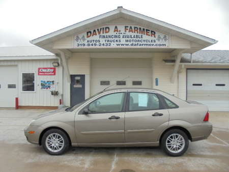 2005 Ford Focus ZX4 SE 4 Door for Sale  - 4390  - David A. Farmer, Inc.