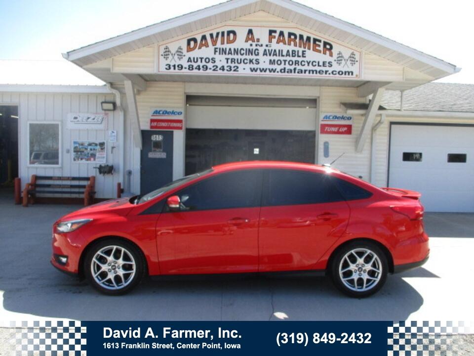 2015 Ford Focus SE 4 Door**Low Miles/91K/Leather**  - 4942  - David A. Farmer, Inc.