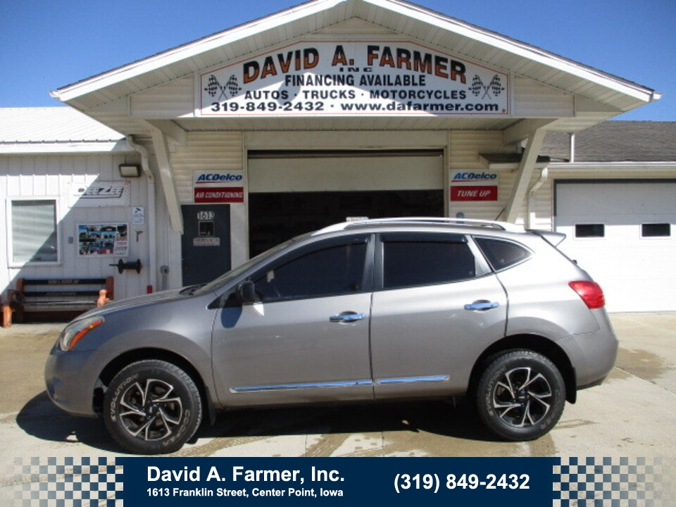 2014 Nissan Rogue Select S FWD**1 Owner/Low Miles/90K**  - 5088  - David A. Farmer, Inc.