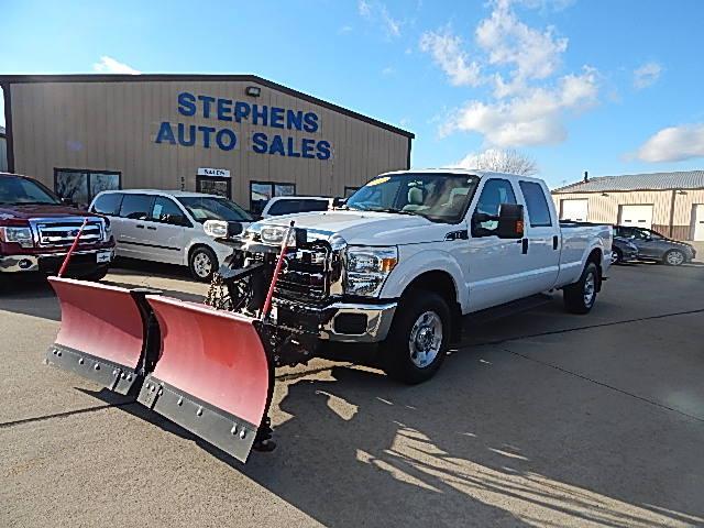 ford   crew cab xlt snow plow stock  johnston ia