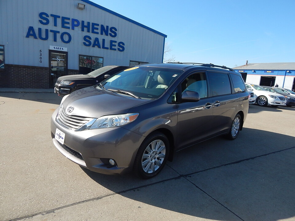 2012 Toyota Sienna  - Stephens Automotive Sales