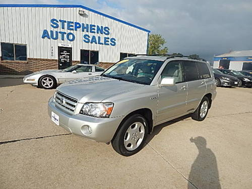 2005 Toyota Highlander  - Stephens Automotive Sales