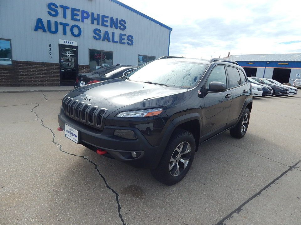 2015 Jeep Cherokee  - Stephens Automotive Sales