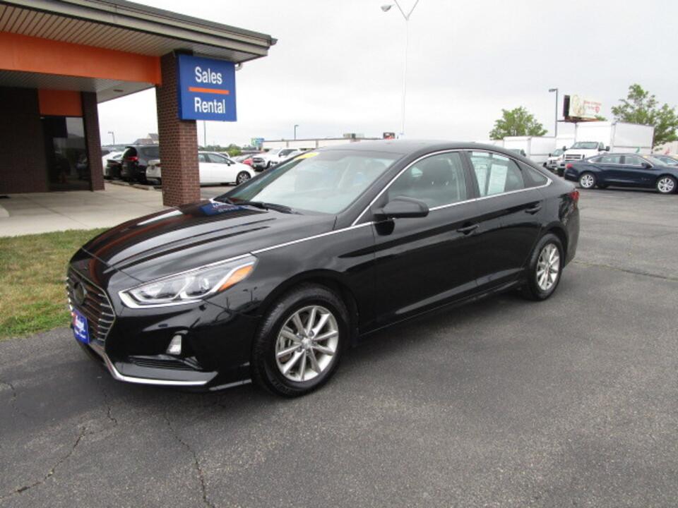 2019 Hyundai Sonata SE  - 14343906  - Budget of Cedar Rapids