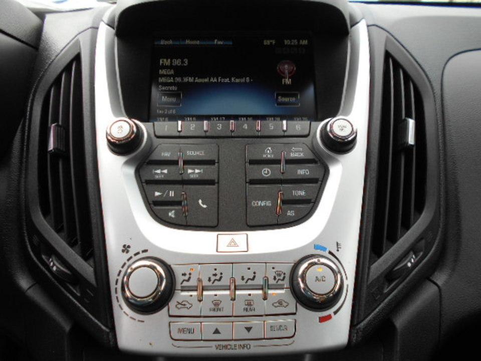 2017 Chevrolet Equinox  - Corona Motors