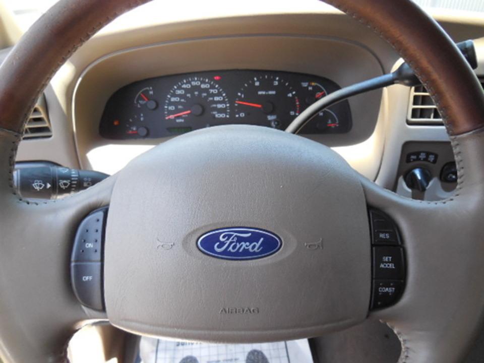 2003 Ford F-250  - Corona Motors