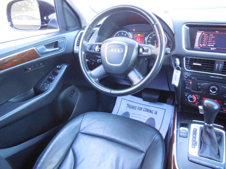 2009 Audi Q5  - Corona Motors