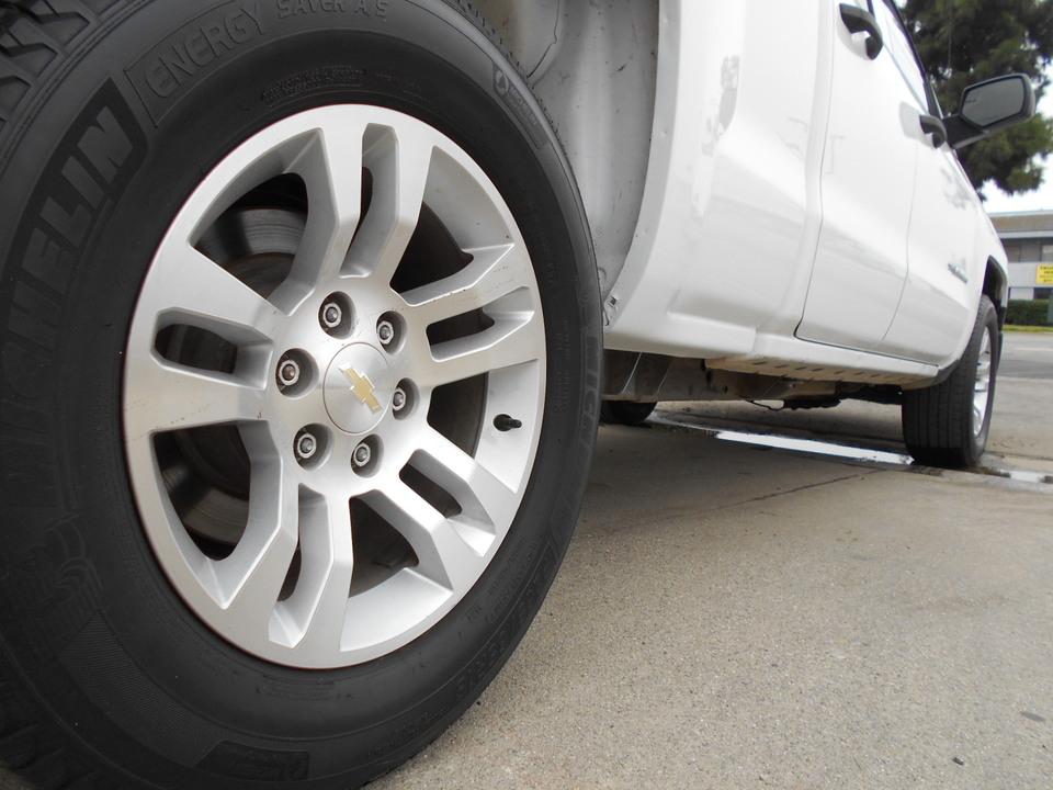 2015 Chevrolet Silverado 1500  - Corona Motors