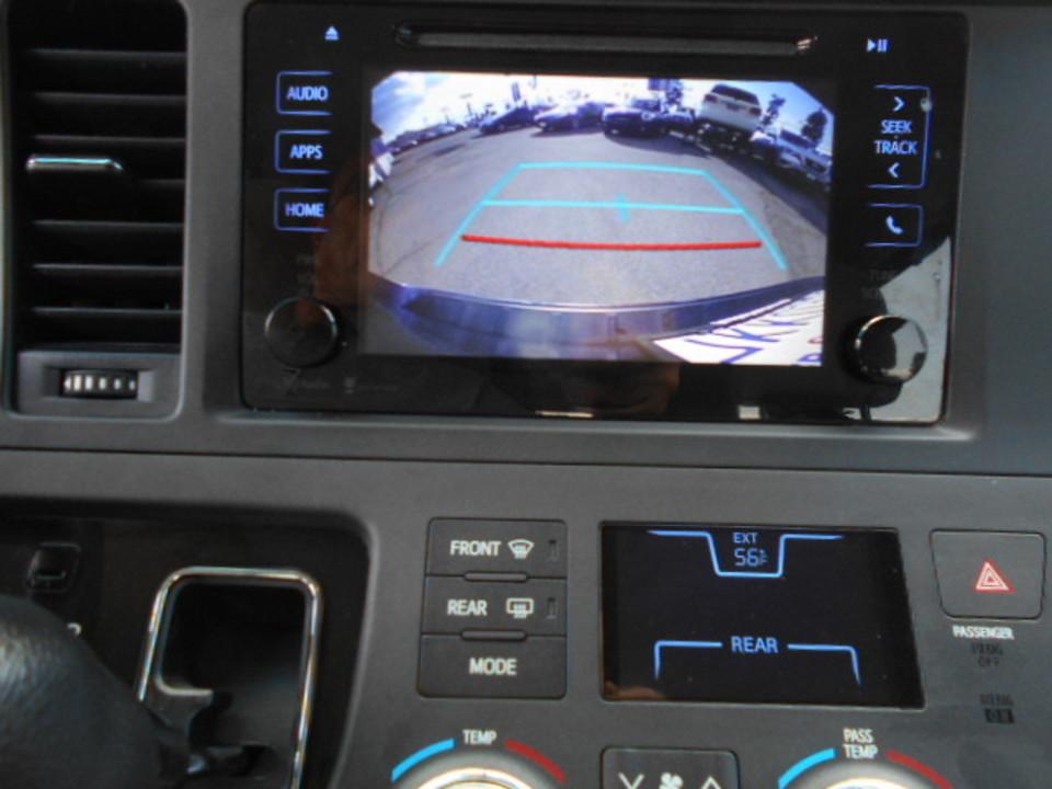 2015 Toyota Sienna  - Corona Motors