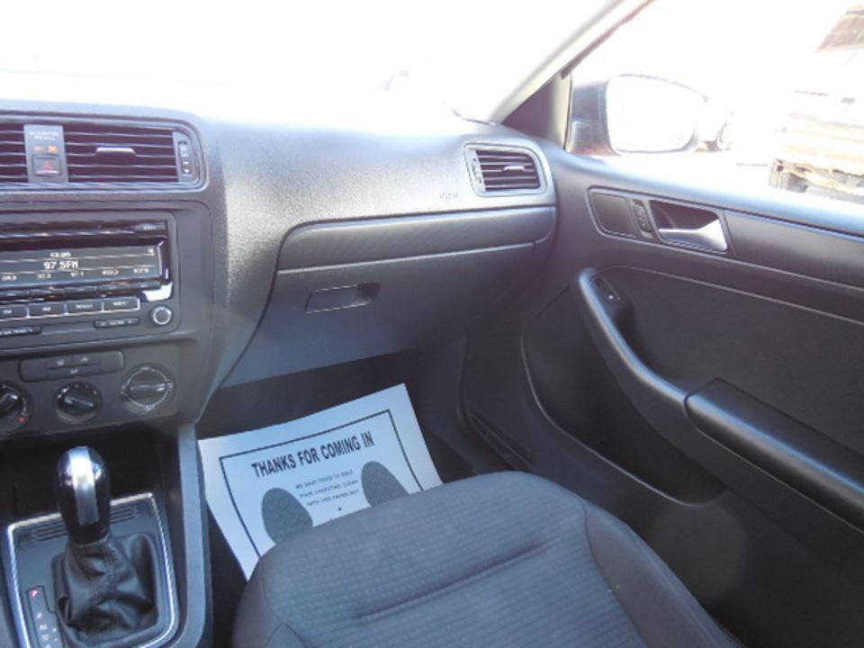 2015 Volkswagen Jetta Sedan  - Corona Motors