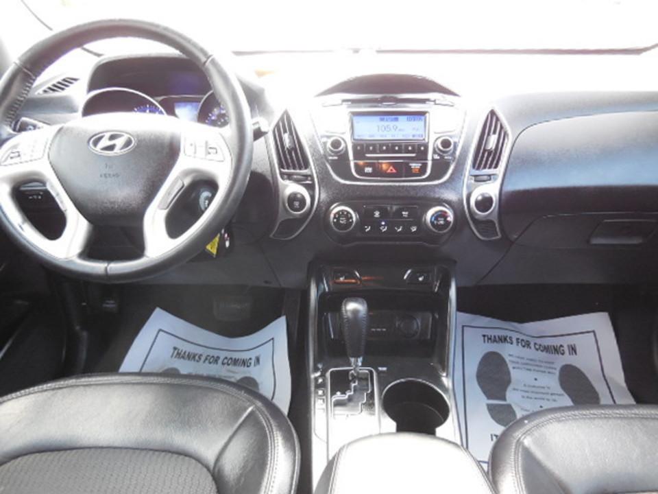 2013 Hyundai Tucson  - Corona Motors